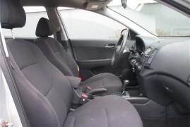 Hyundai Elantra Touring GLS 2011