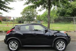 Nissan JUKE S 2011