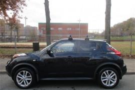 Nissan JUKE SV 2011
