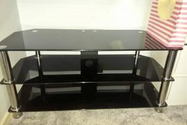 glass gloss TV unit