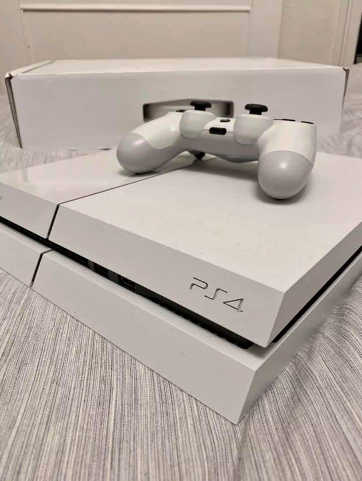 PlayStation 4 Bundle PS4