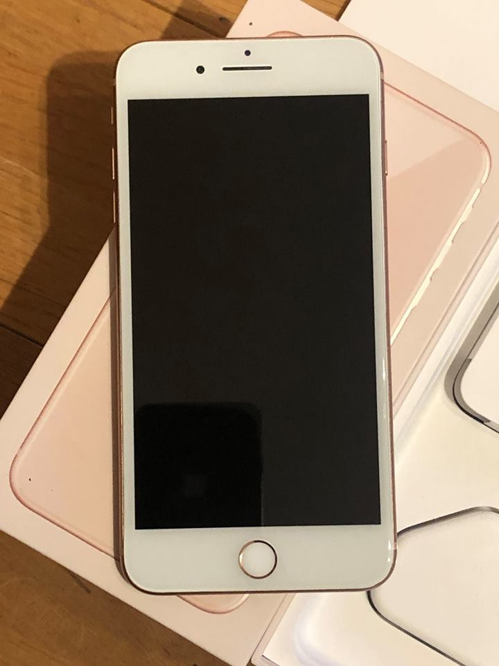 IPhone 8 Plus 64gb unlocked, boxed with headphone